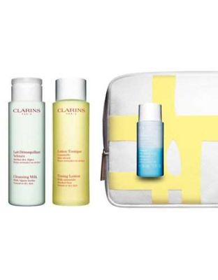 Clarins - Clarins My First Beauty Step Cleansing Face and Eyes - Normal or Dry Skin 4 Pc Kit